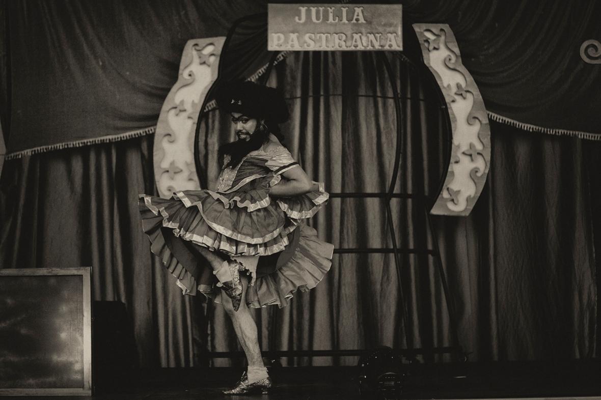 01_Julia Pastrana